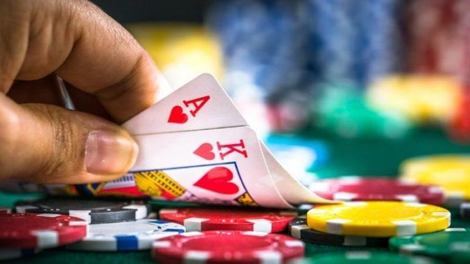 règles omaha poker jetons cartes