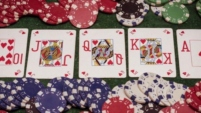découvrez le stud poker, une variante du poker